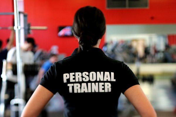 8 tips bagaimana untuk memilih 'Personal Fitness Trainer' yang terbaik untuk diri anda.